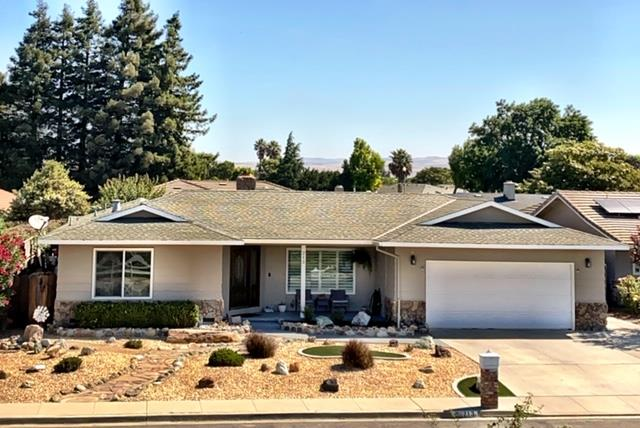 Detail Gallery Image 1 of 1 For 213 Rio Vista Dr, King City,  CA 93930 - 3 Beds   2 Baths