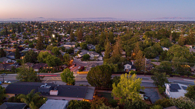 3538 Altamont Way Redwood City, CA 94062