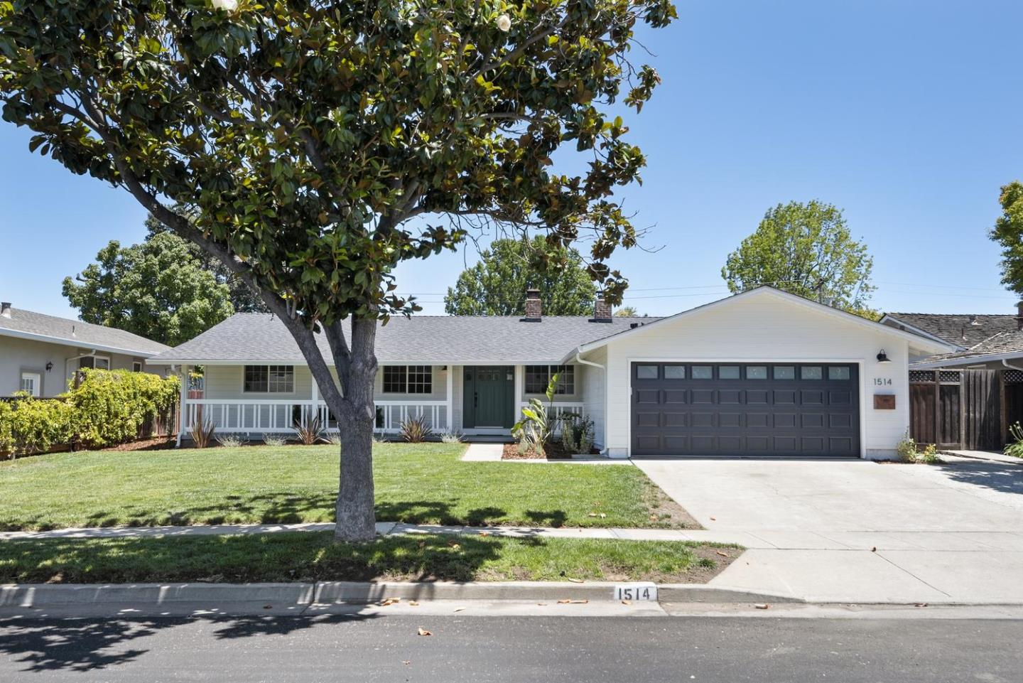 Detail Gallery Image 1 of 1 For 1514 Kingsgate Dr, Sunnyvale,  CA 94087 - 3 Beds | 2 Baths