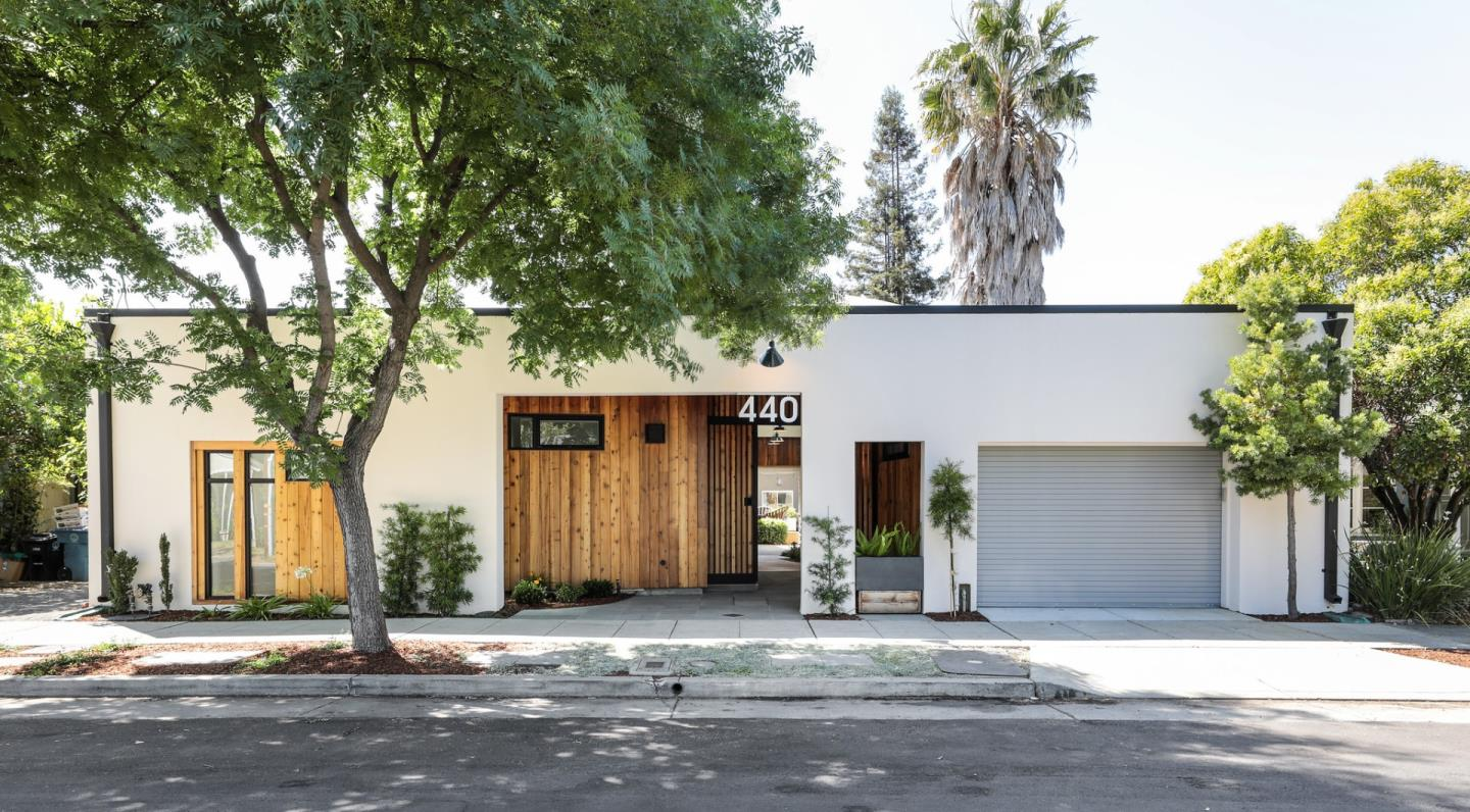 Detail Gallery Image 1 of 1 For 440 Olive Ave, Palo Alto,  CA 94306 - 4 Beds   4/1 Baths