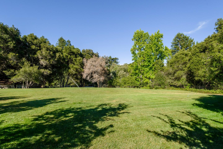 1550 Portola RD Woodside, CA 94062