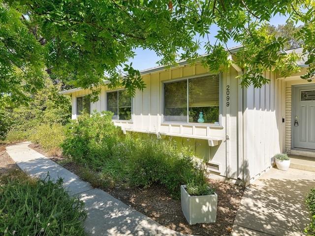 2099 Fallen Leaf Lane Los Altos, CA 94024