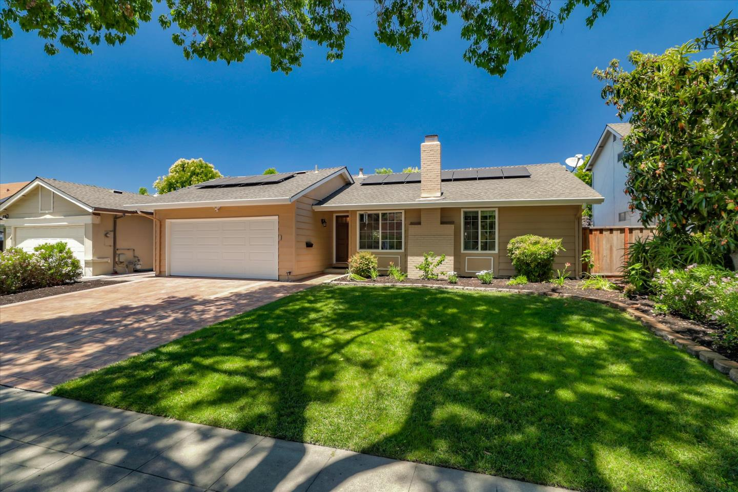 Detail Gallery Image 1 of 1 For 369 Henderson Dr, San Jose,  CA 95123 - 3 Beds | 2 Baths