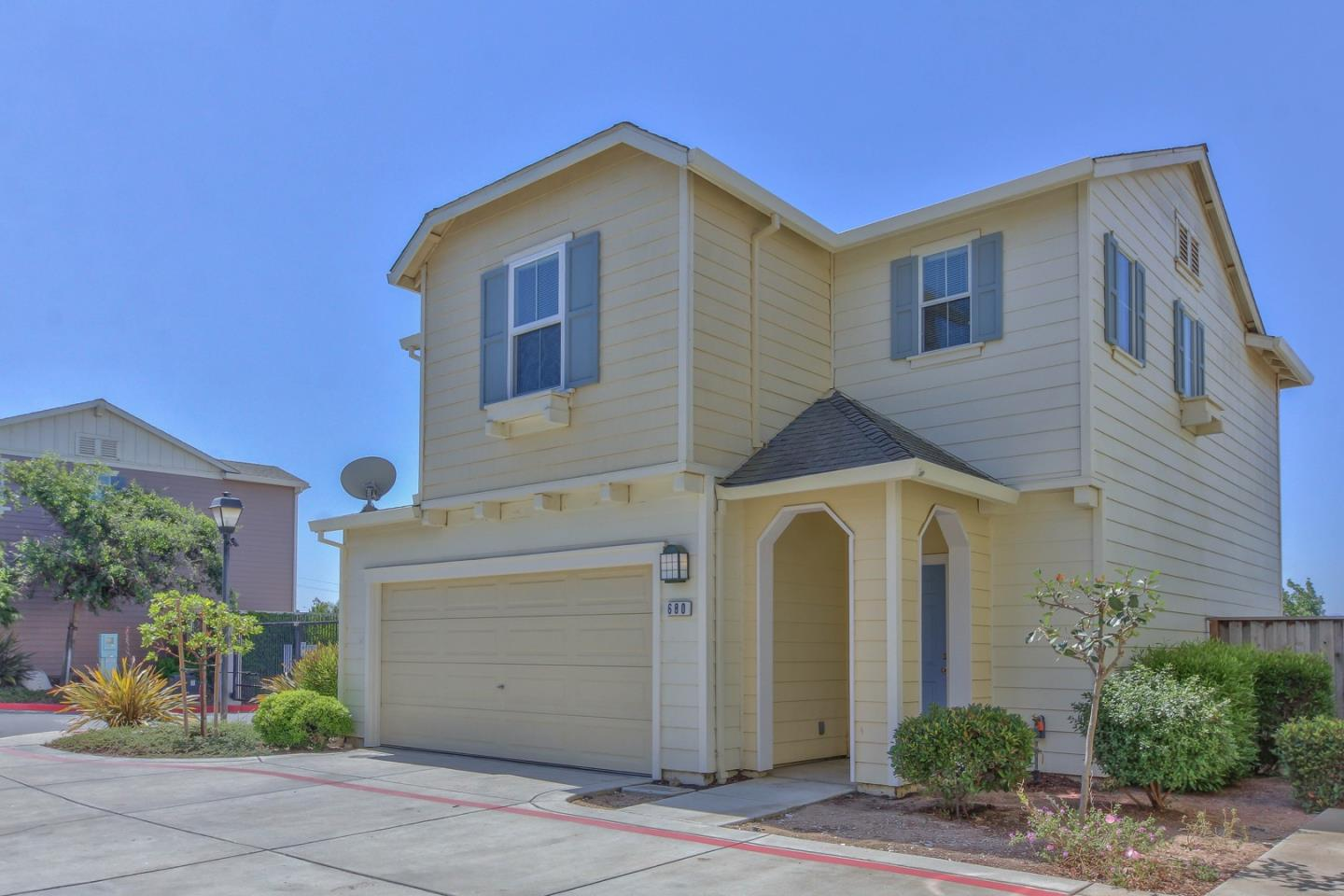 Detail Gallery Image 1 of 1 For 680 Gardenia Pl, Soledad,  CA 93960 - 3 Beds   2/1 Baths