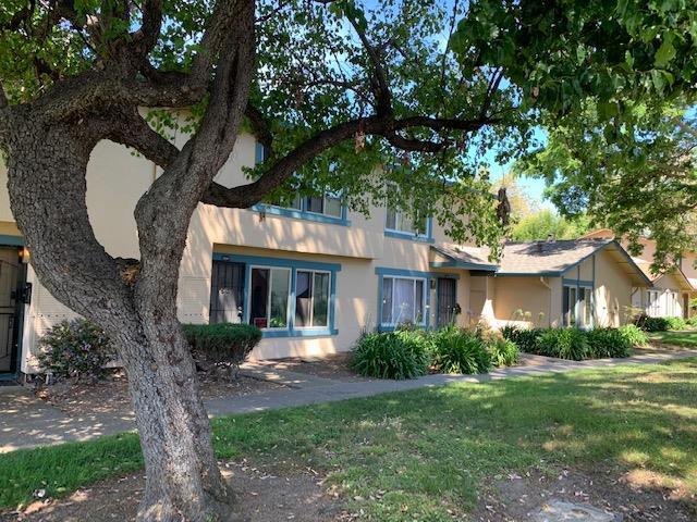 Detail Gallery Image 1 of 1 For 27447 Ponderosa Ct, Hayward,  CA 94545 - 3 Beds   1/1 Baths