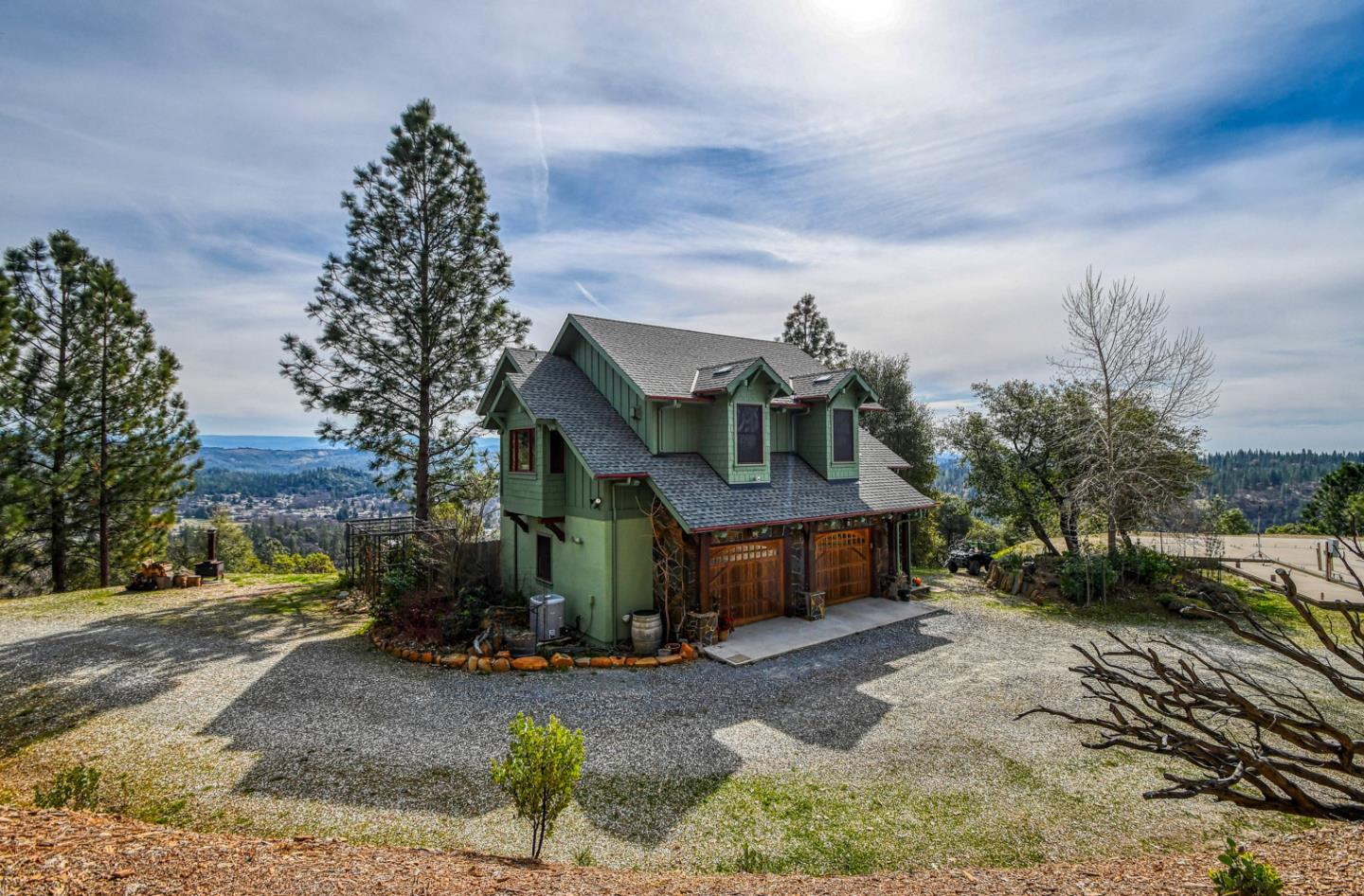 Detail Gallery Image 1 of 60 For 320 Fen Way, Murphys,  CA 95247 - 1 Beds | 1/1 Baths