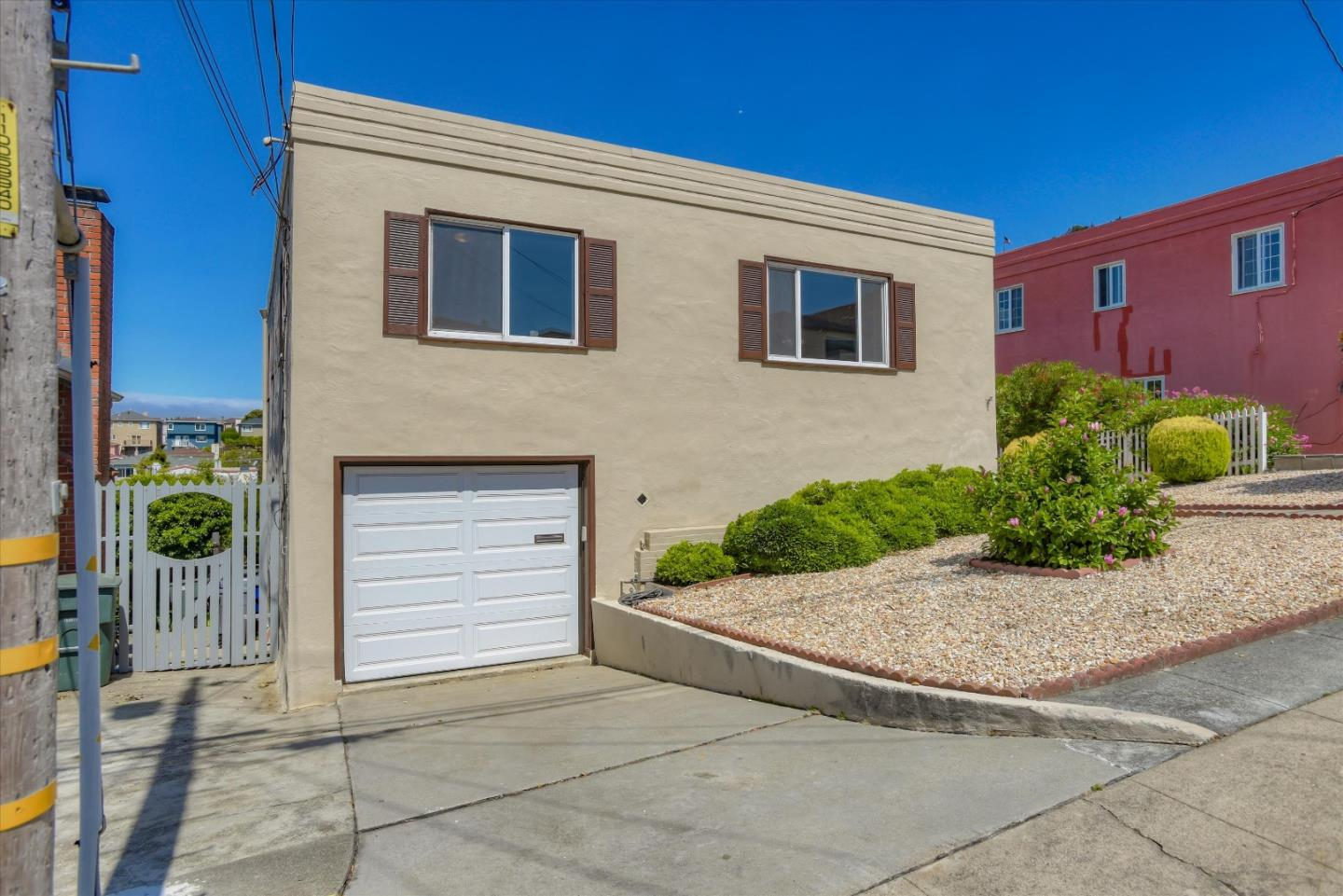 Detail Gallery Image 1 of 1 For 521 Elm Ct, South San Francisco,  CA 94080 - 4 Beds | 2 Baths