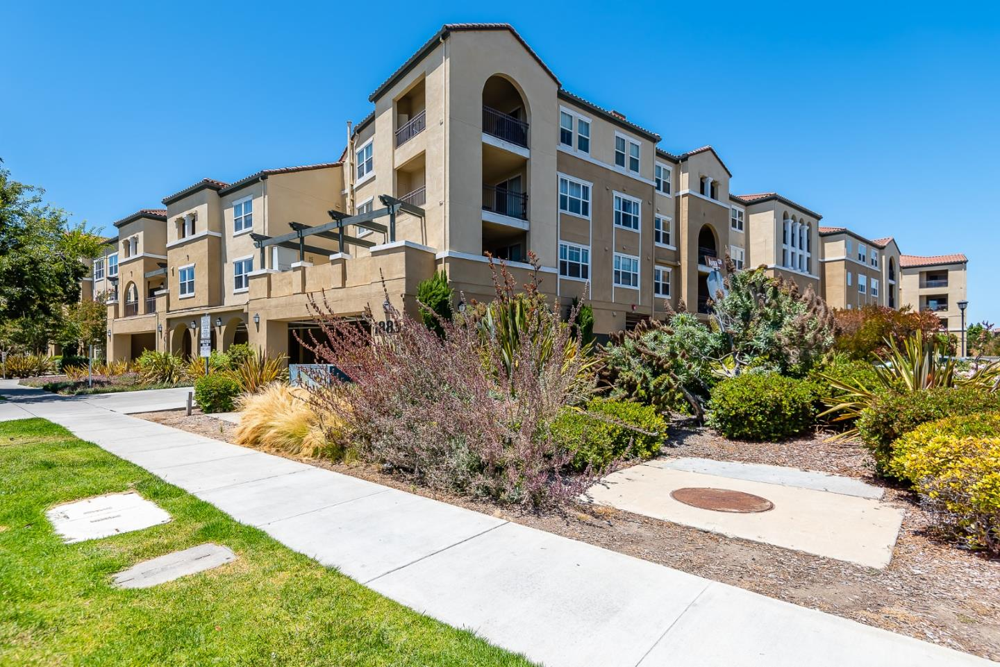 1883 Agnew Road UNIT 305 Santa Clara, CA 95054
