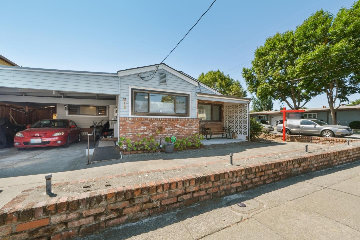 Detail Gallery Image 1 of 1 For 710 Pine St, San Bruno,  CA 94066 - 4 Beds   1/1 Baths
