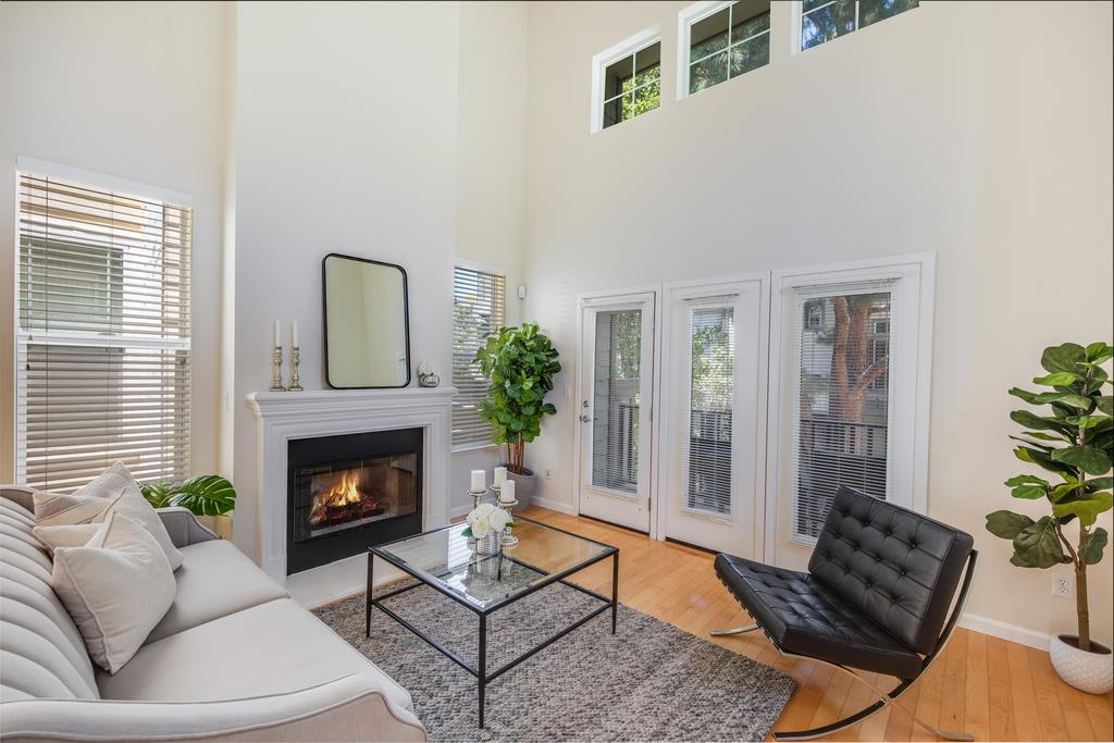 Detail Gallery Image 1 of 1 For 177 Hamwood Ter, Mountain View,  CA 94043 - 3 Beds | 3/1 Baths