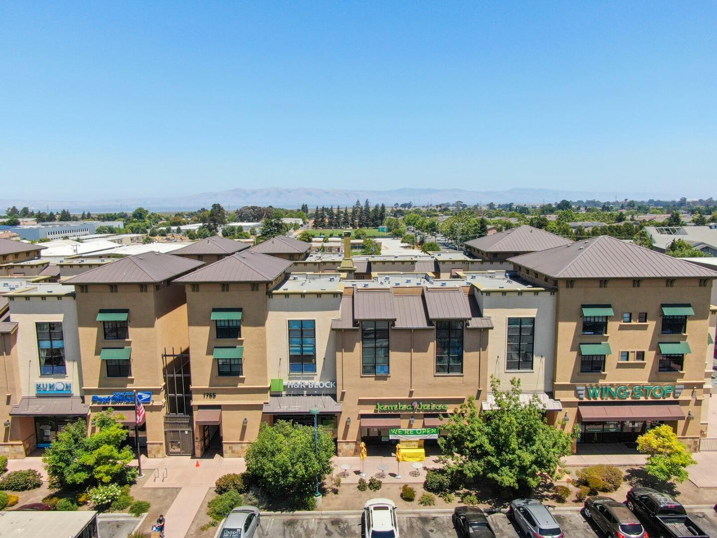 Detail Gallery Image 1 of 1 For 1765 E Bayshore Rd #214,  East Palo Alto,  CA 94303 - 2 Beds | 2/1 Baths