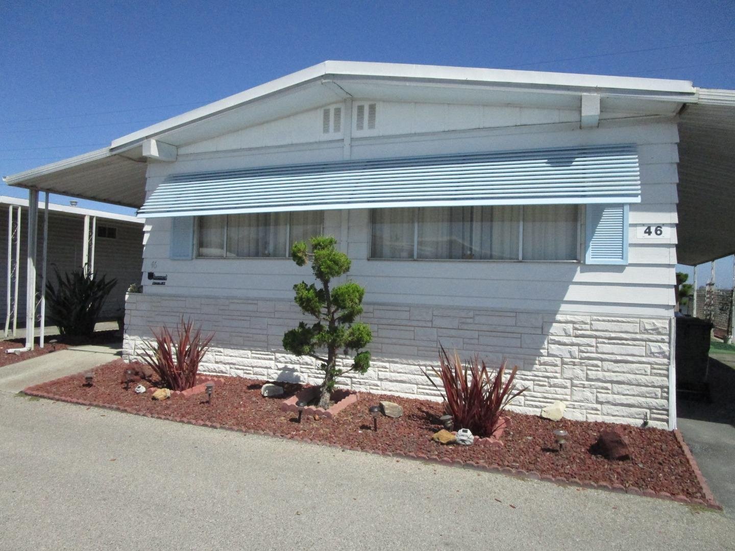 Detail Gallery Image 1 of 14 For 150 Kern St #46, Salinas, CA 93905 - 2 Beds   2 Baths