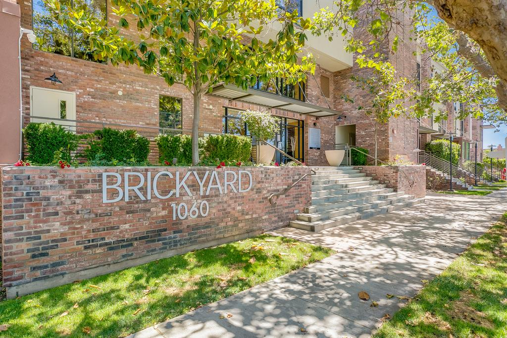 Detail Gallery Image 1 of 17 For 1060 S 3rd St #328,  San Jose,  CA 95112 - 1 Beds | 1 Baths