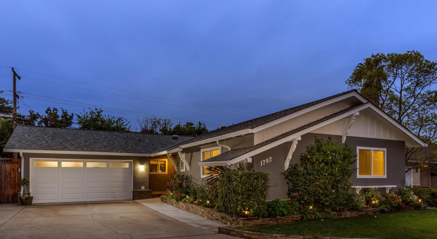 Detail Gallery Image 1 of 1 For 1702 Myra Dr, San Jose,  CA 95124 - 4 Beds   2 Baths