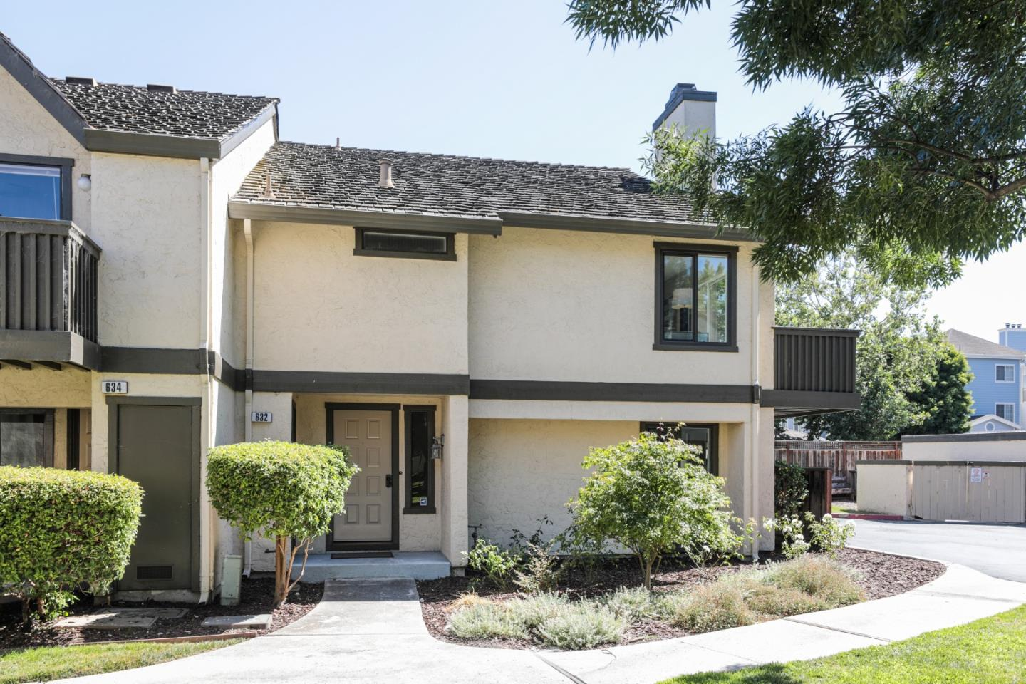 Detail Gallery Image 1 of 1 For 632 S Ahwanee Ter, Sunnyvale,  CA 94085 - 3 Beds | 2/1 Baths