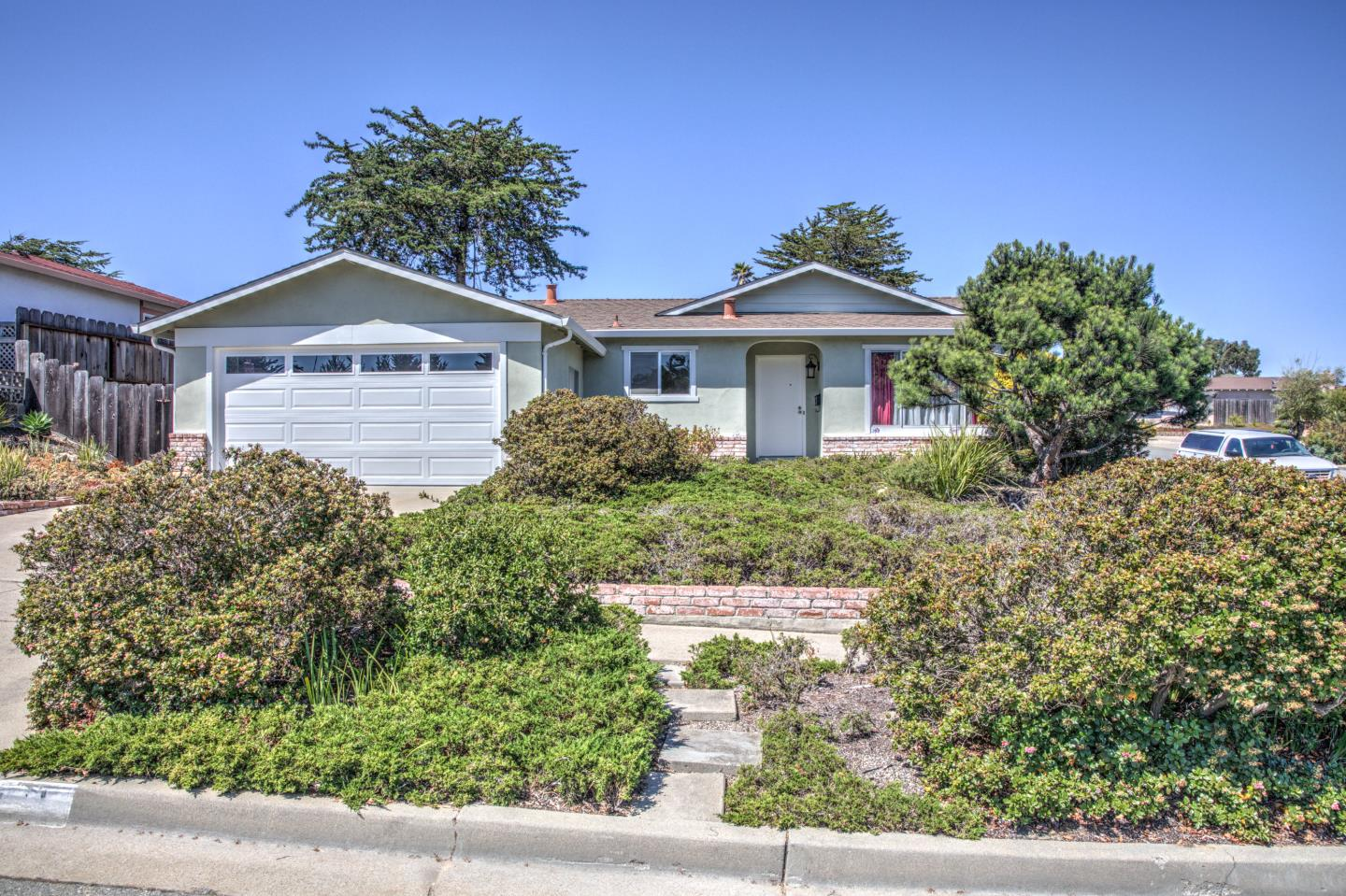 Detail Gallery Image 1 of 1 For 341 Parson Cir, Marina,  CA 93933 - 4 Beds | 2 Baths