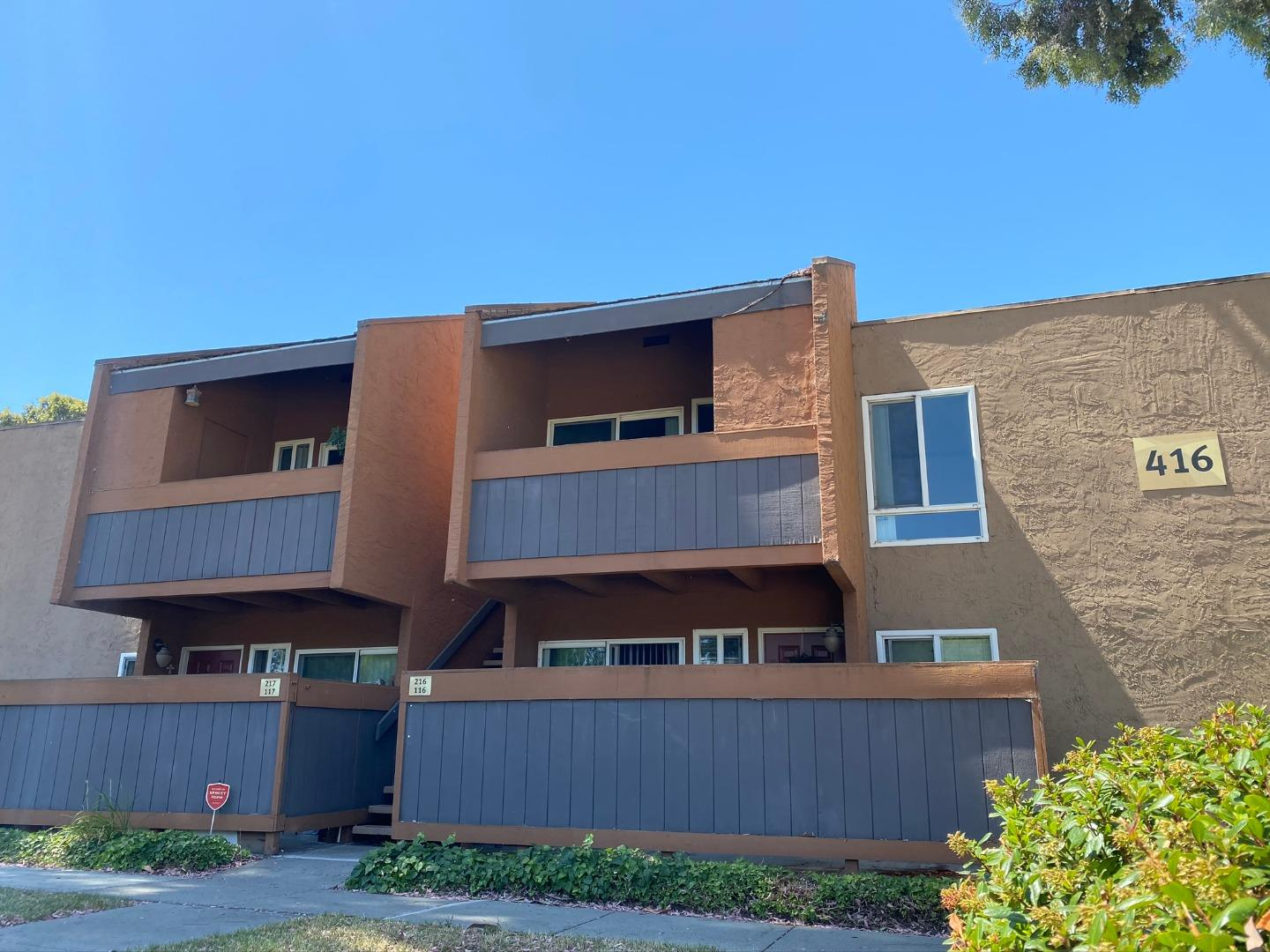 Detail Gallery Image 1 of 1 For 416 Dempsey Rd #216, Milpitas, CA 95035 - 2 Beds | 1 Baths