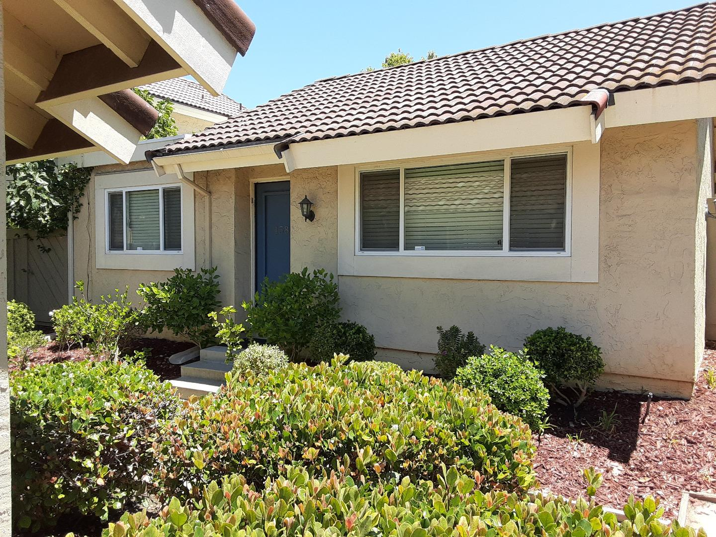 Detail Gallery Image 1 of 1 For 158 Truckee Ln, San Jose,  CA 95136 - 2 Beds   2 Baths