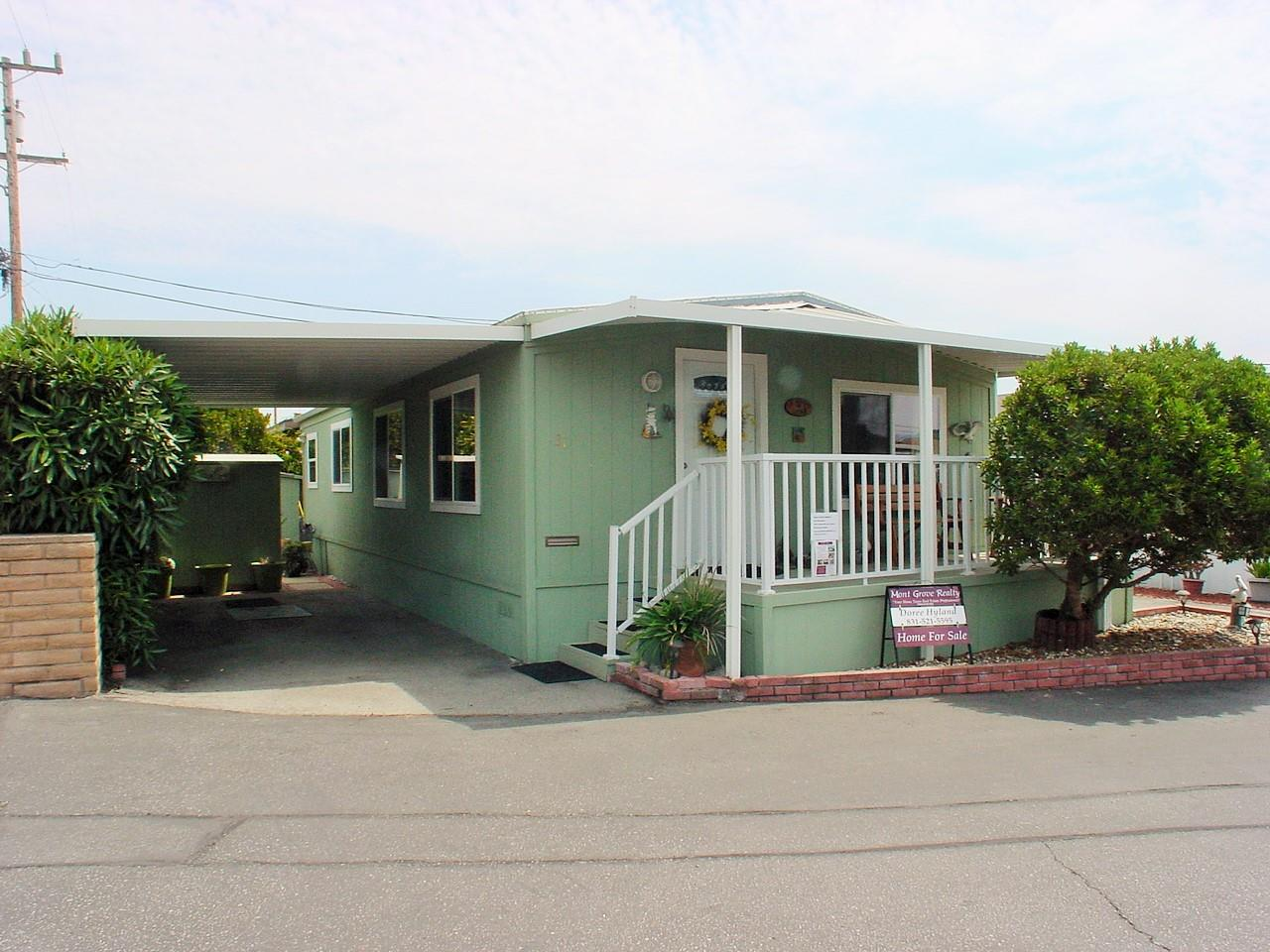 Detail Gallery Image 1 of 30 For 1146 Birch Ave #31,  Seaside,  CA 93955 - 2 Beds | 2 Baths