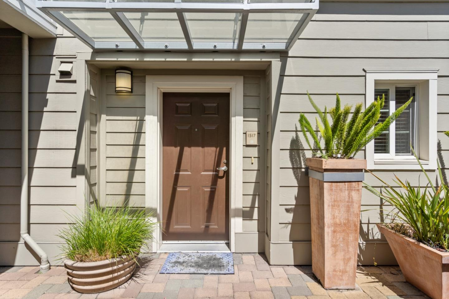 Detail Gallery Image 1 of 14 For 1517 Brunswig Ln, Emeryville,  CA 94608 - 2 Beds | 1 Baths