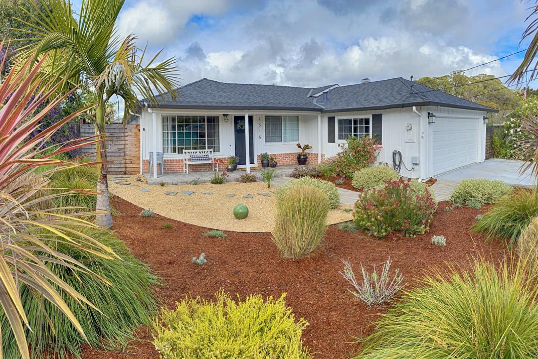 Detail Gallery Image 1 of 1 For 2515 Begonia Pl, Santa Cruz,  CA 95062 - 3 Beds | 2 Baths