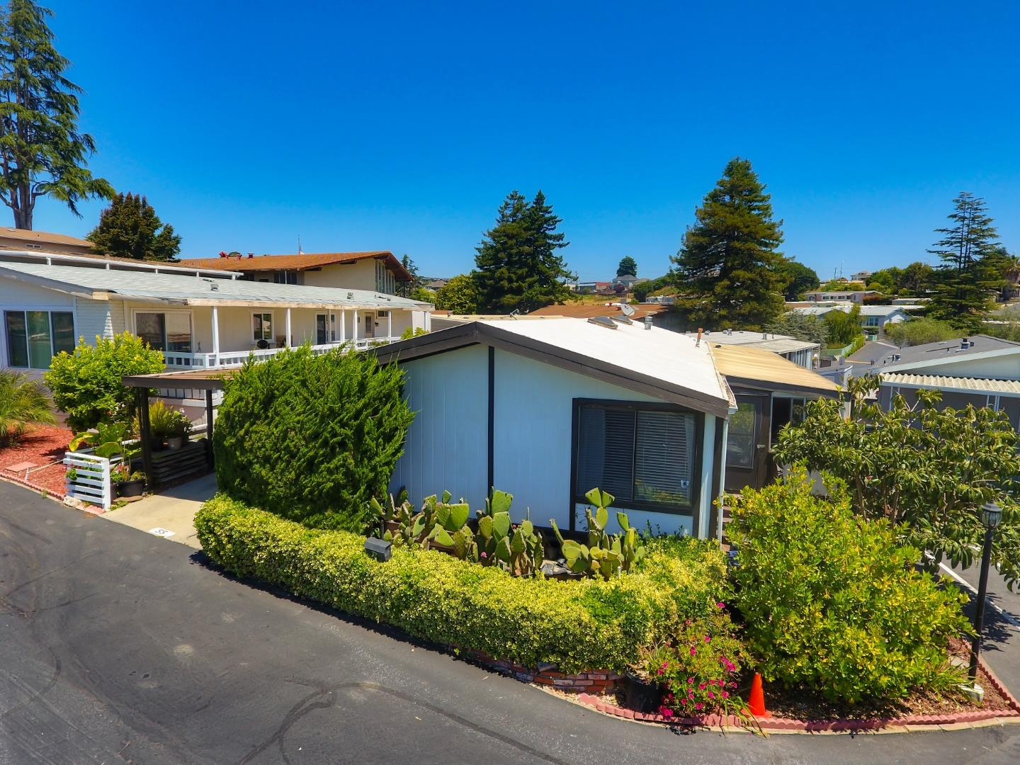 Detail Gallery Image 1 of 1 For 55 Cabrillo #55,  Watsonville,  CA 95076 - 2 Beds | 2 Baths