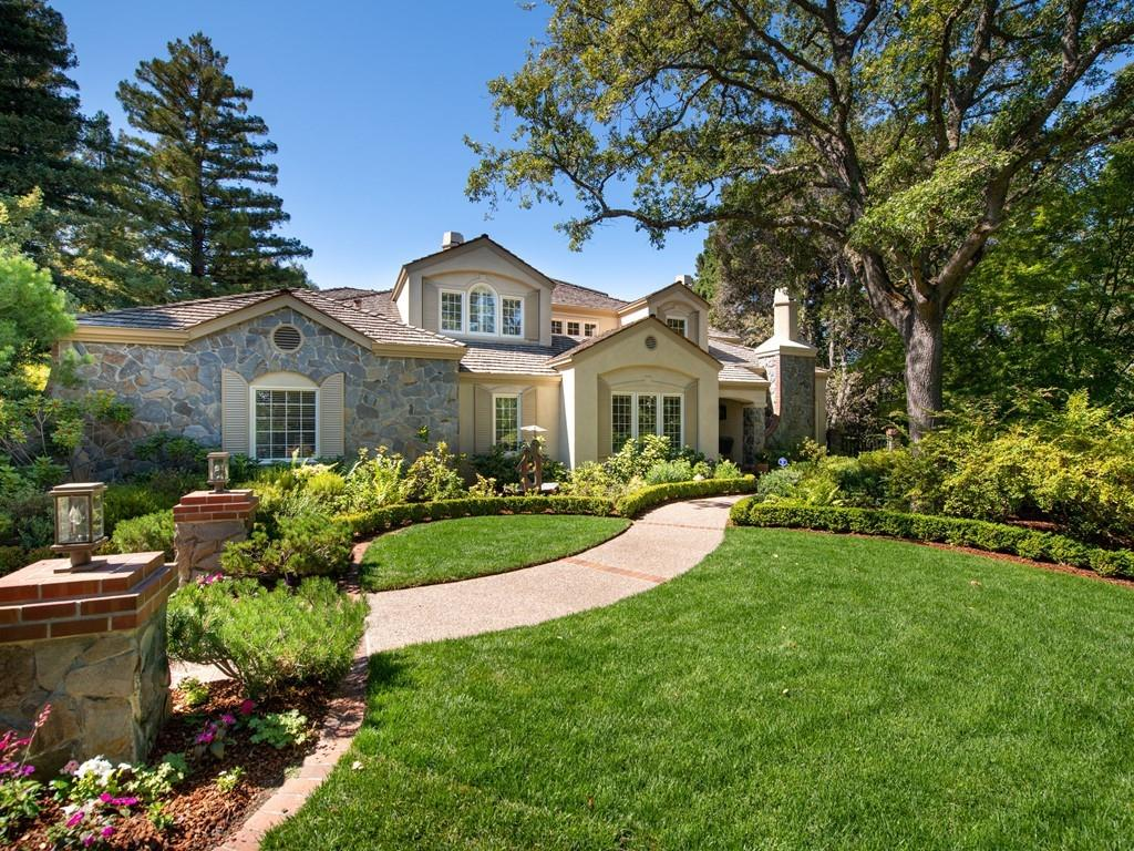 Detail Gallery Image 1 of 68 For 13300 Simon Ln, Los Altos Hills,  CA 94022 - 4 Beds | 5/2 Baths