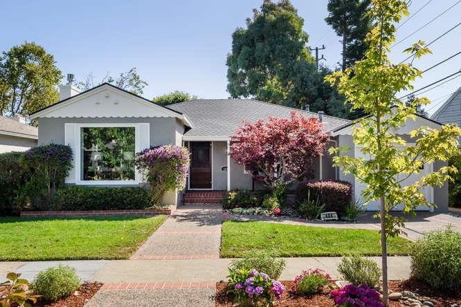 Detail Gallery Image 1 of 1 For 404 Dwight Rd, Burlingame,  CA 94010 - 2 Beds | 1 Baths