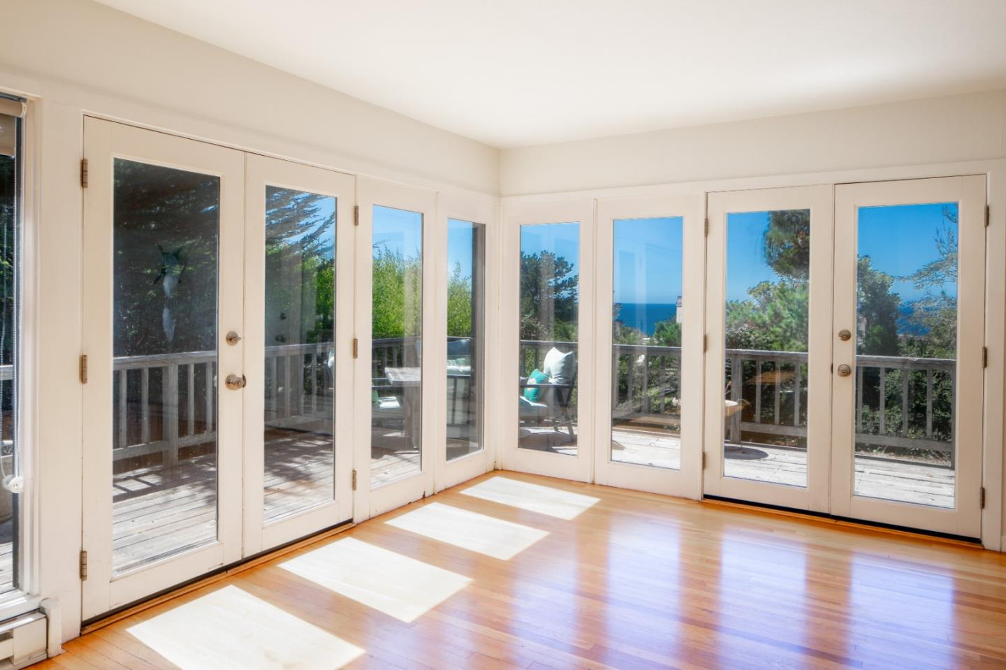 Detail Gallery Image 1 of 1 For 3 Yankee Point Dr, Carmel,  CA 93923 - 2 Beds | 1 Baths