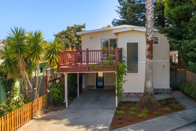 Detail Gallery Image 1 of 1 For 341 Dufour St, Santa Cruz,  CA 95060 - 2 Beds   1/1 Baths