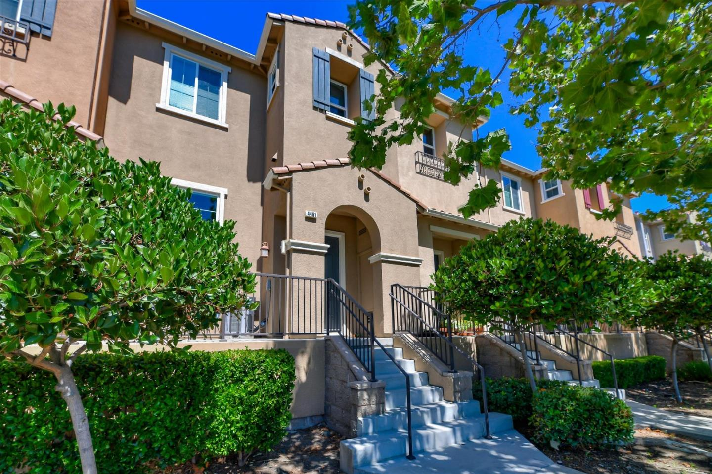 Detail Gallery Image 1 of 1 For 4461 Lafayette St, Santa Clara,  CA 95054 - 3 Beds | 2/1 Baths