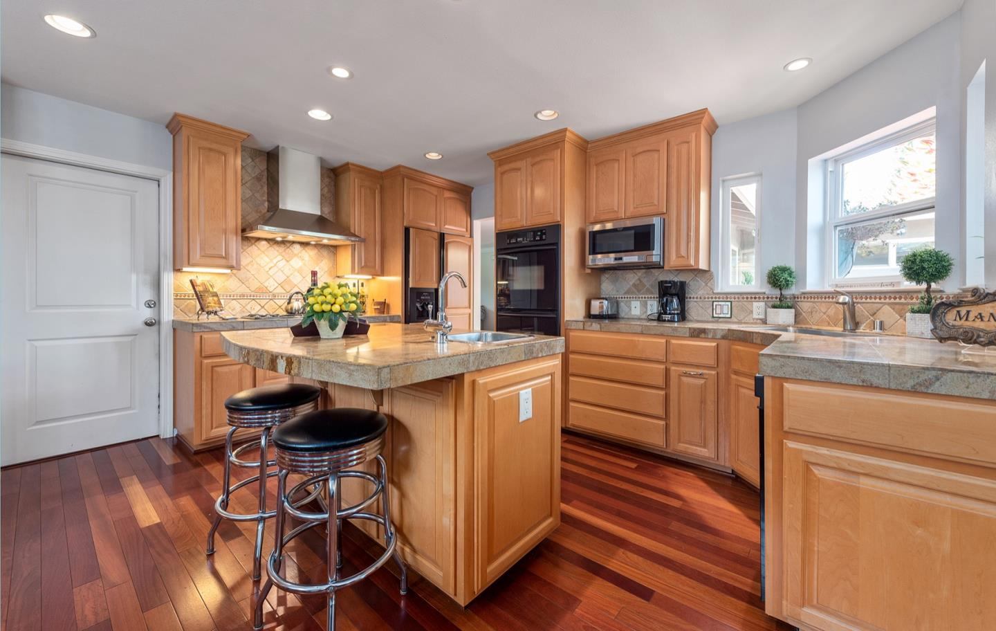 Detail Gallery Image 1 of 1 For 1488 Norman Ave, San Jose,  CA 95125 - 4 Beds   2/1 Baths