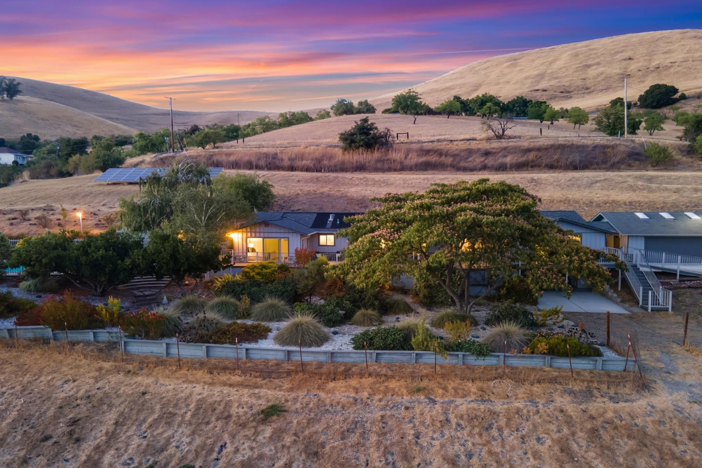 Detail Gallery Image 1 of 1 For 15115 Clayton Rd, San Jose,  CA 95127 - 4 Beds | 2/2 Baths