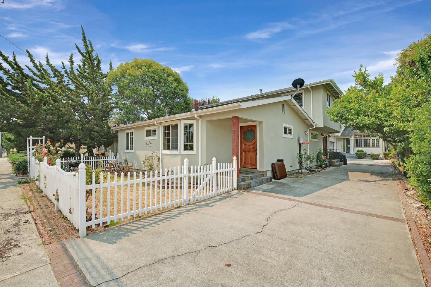 Detail Gallery Image 1 of 1 For 1434-1436 Kentfield Ave, Redwood City,  CA 94061 - – Beds | – Baths