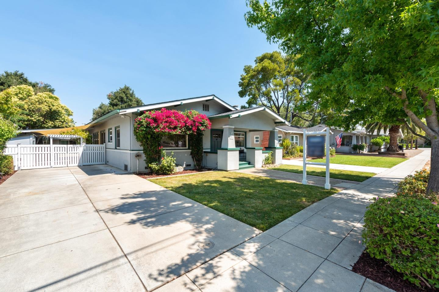 Detail Gallery Image 1 of 1 For 35 El Toro Ave, Morgan Hill,  CA 95037 - 3 Beds   2/1 Baths