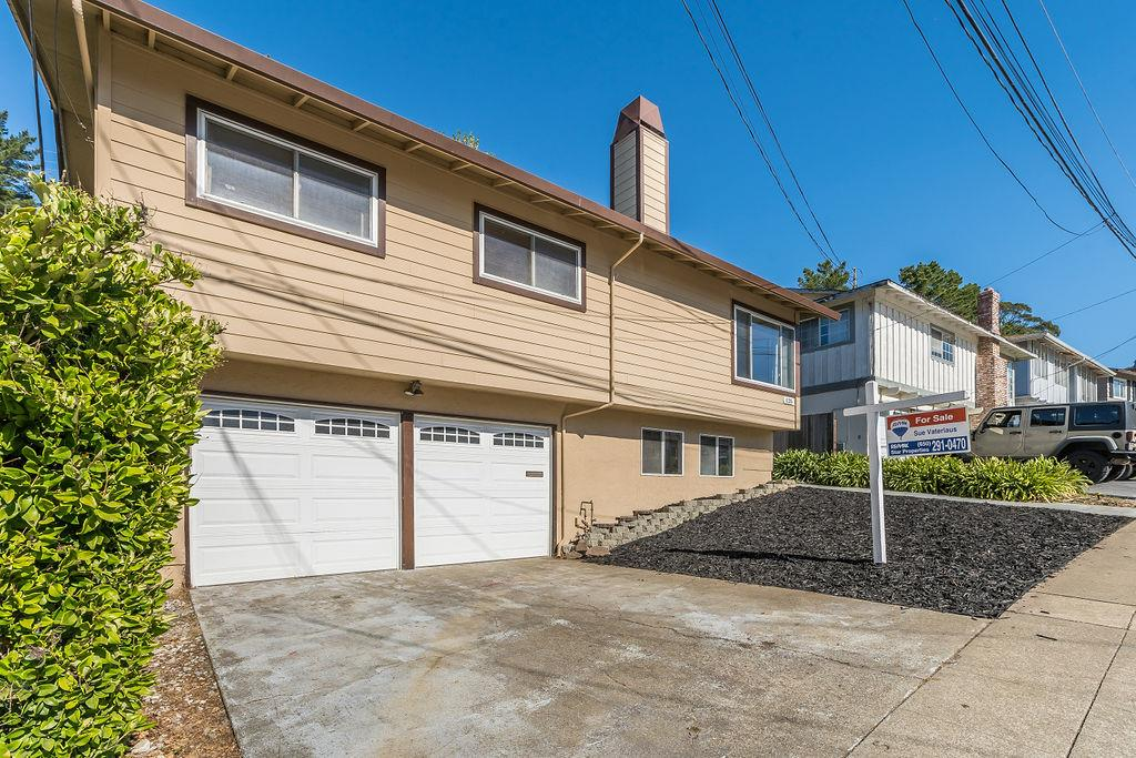 Detail Gallery Image 1 of 1 For 1135 Mason Dr, Pacifica,  CA 94044 - 4 Beds | 2 Baths