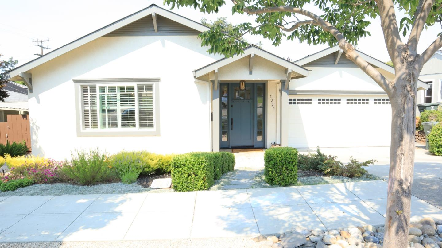 Detail Gallery Image 1 of 1 For Westwood St, Redwood City,  CA 94061 - 3 Beds   2 Baths