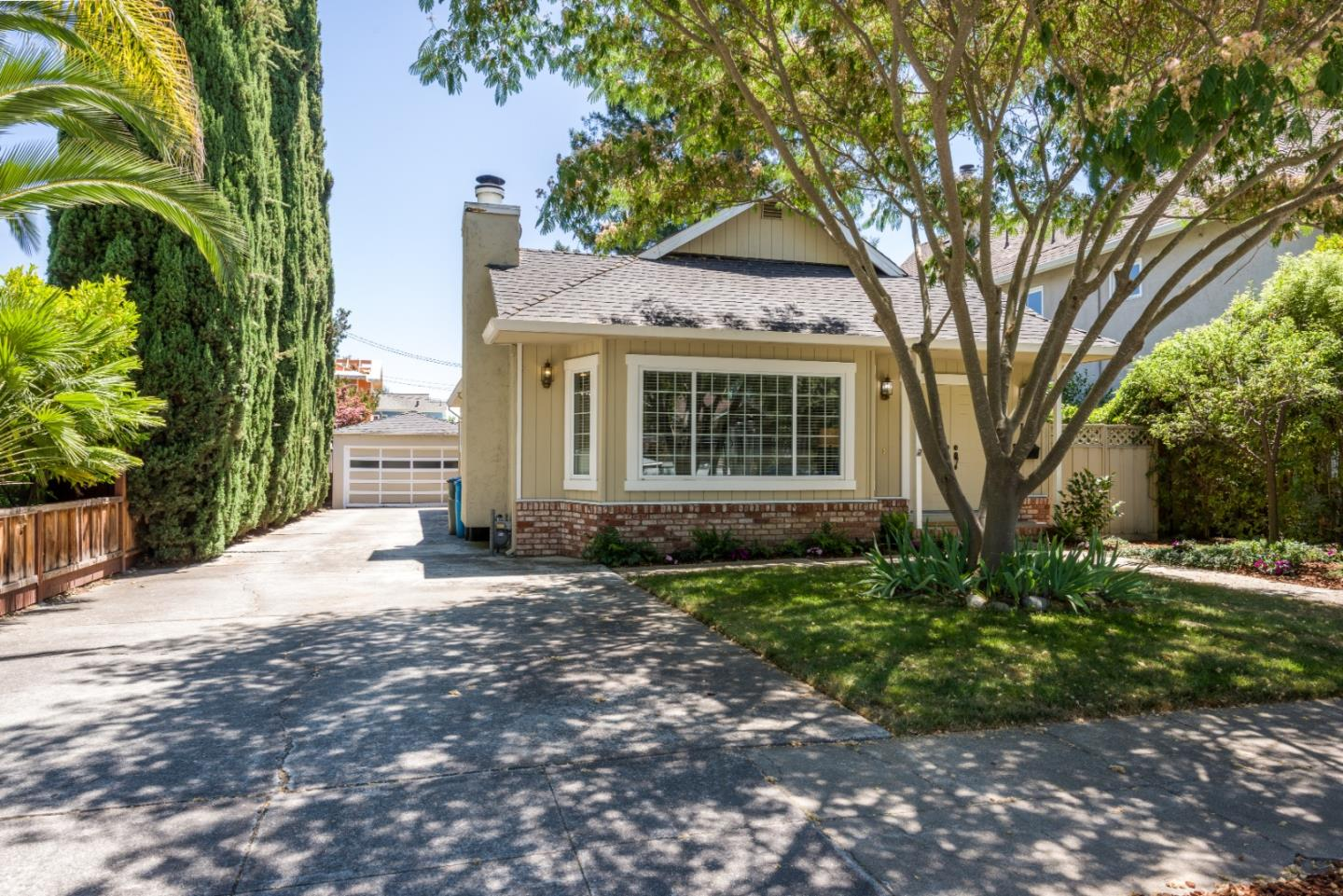 Detail Gallery Image 1 of 1 For 2229 Hopkins Ave, Redwood City,  CA 94062 - 3 Beds | 2 Baths