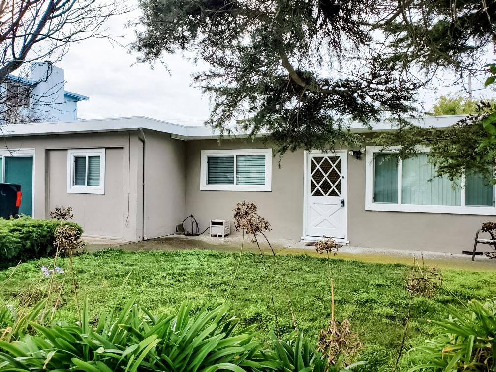 Detail Gallery Image 1 of 13 For 1791 Napa St, Seaside,  CA 93955 - 4 Beds   1/1 Baths