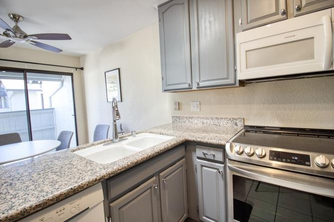 Detail Gallery Image 1 of 11 For 530 Holly Hock Ct, San Jose,  CA 95117 - 1 Beds | 1 Baths