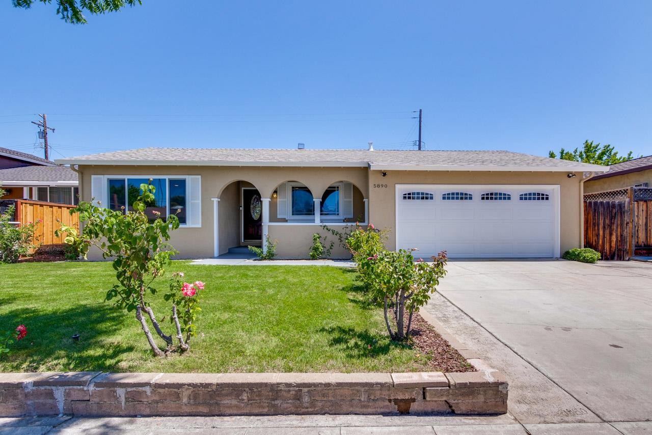 Detail Gallery Image 1 of 31 For 5890 Chris Dr, San Jose,  CA 95123 - 4 Beds | 2 Baths