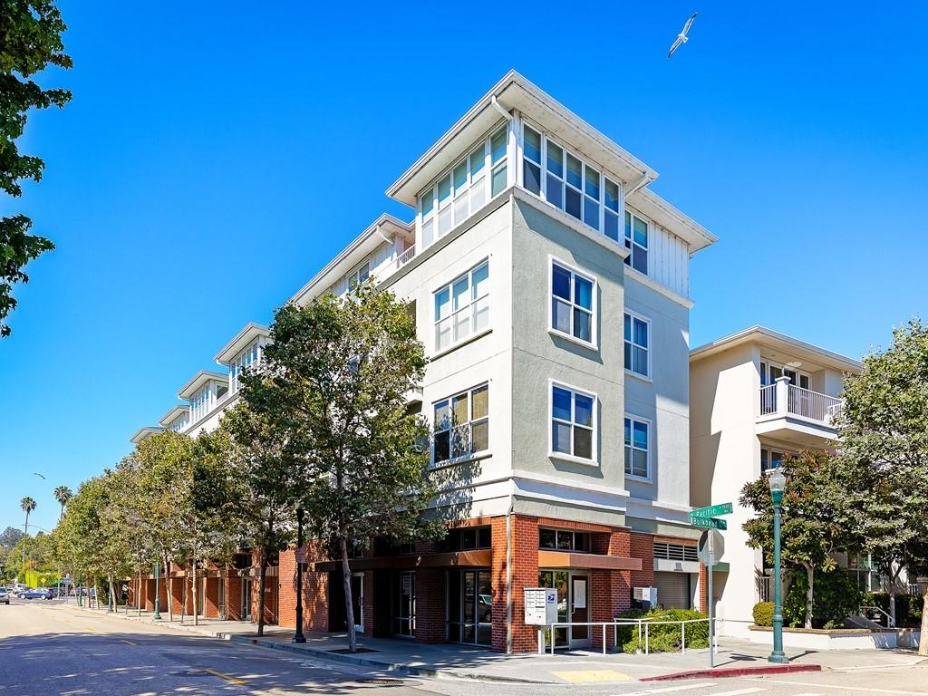 Detail Gallery Image 1 of 1 For 2030 N Pacific Ave #231,  Santa Cruz,  CA 95060 - 3 Beds | 2 Baths