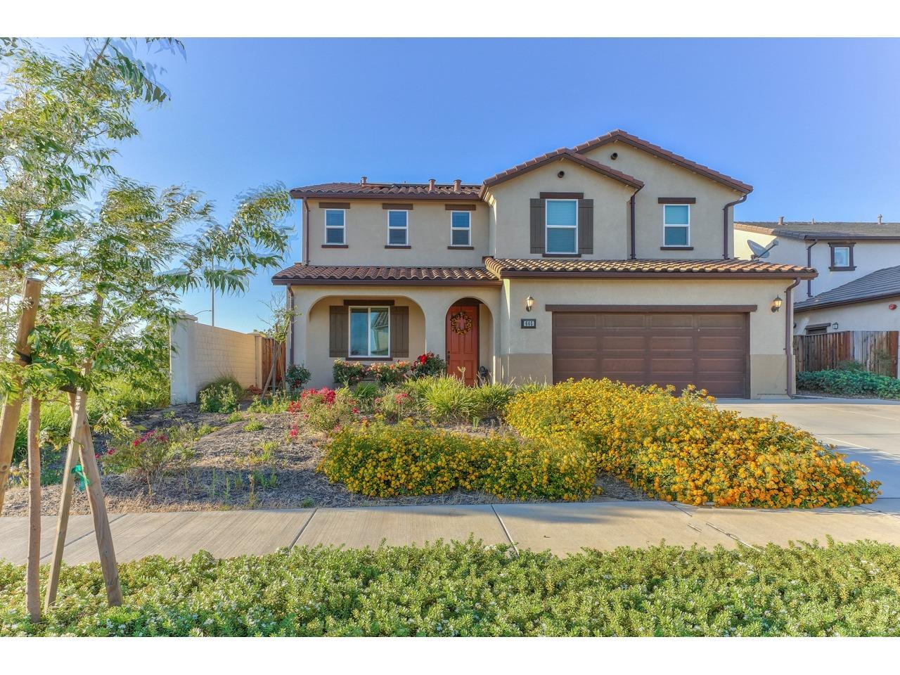 Detail Gallery Image 1 of 1 For 605 Molera Ave, Soledad,  CA 93960 - 4 Beds | 2/1 Baths