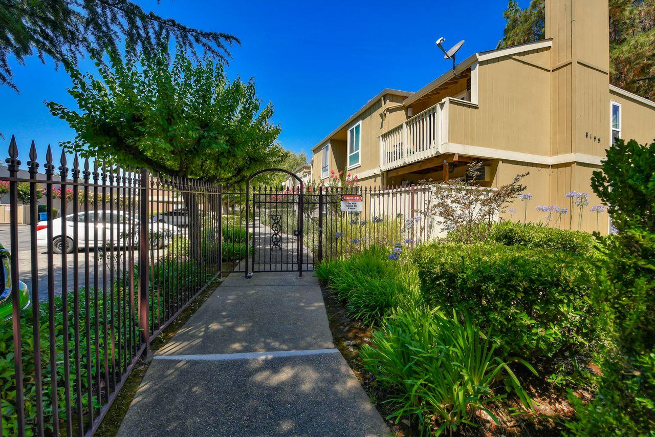 Detail Gallery Image 1 of 1 For 8155 Westwood Dr #21,  Gilroy,  CA 95020 - 2 Beds | 1 Baths