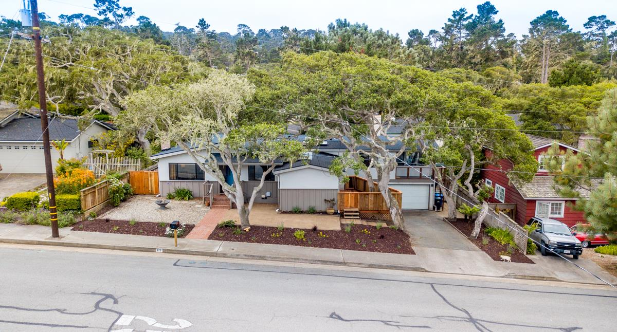 Detail Gallery Image 1 of 1 For 413 Sinex Ave, Pacific Grove,  CA 93950 - 3 Beds | 3 Baths