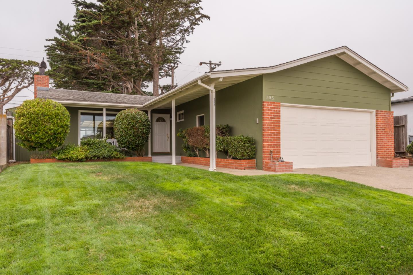 Detail Gallery Image 1 of 1 For 395 Holly Ave, South San Francisco,  CA 94080 - 3 Beds   2 Baths