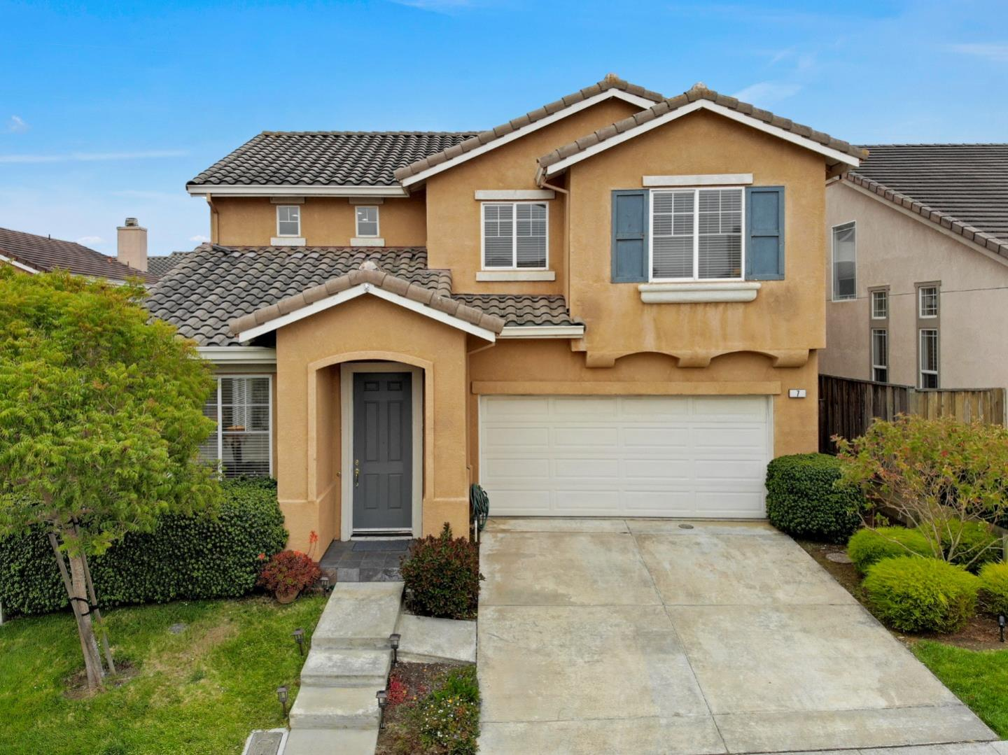 Detail Gallery Image 1 of 1 For 7 Miltonia Dr, South San Francisco,  CA 94080 - 4 Beds | 2/1 Baths