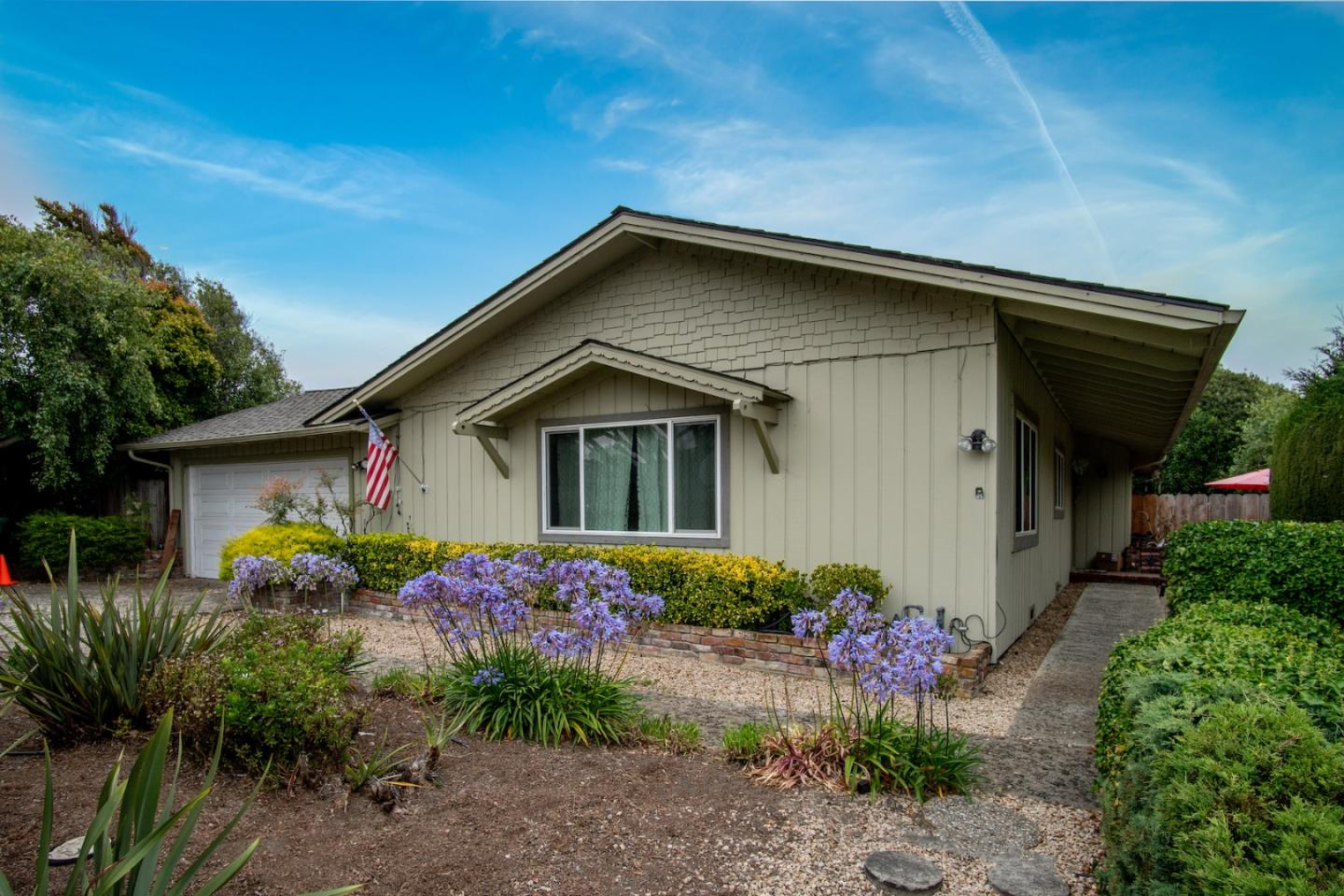 Detail Gallery Image 1 of 1 For 2810 Ribera Rd, Carmel,  CA 93923 - 3 Beds   2/1 Baths