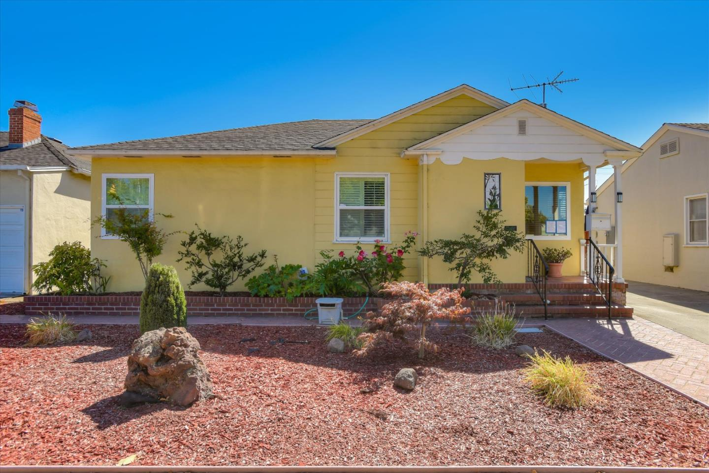 Detail Gallery Image 1 of 1 For 523 N Idaho St, San Mateo,  CA 94401 - 3 Beds | 2 Baths