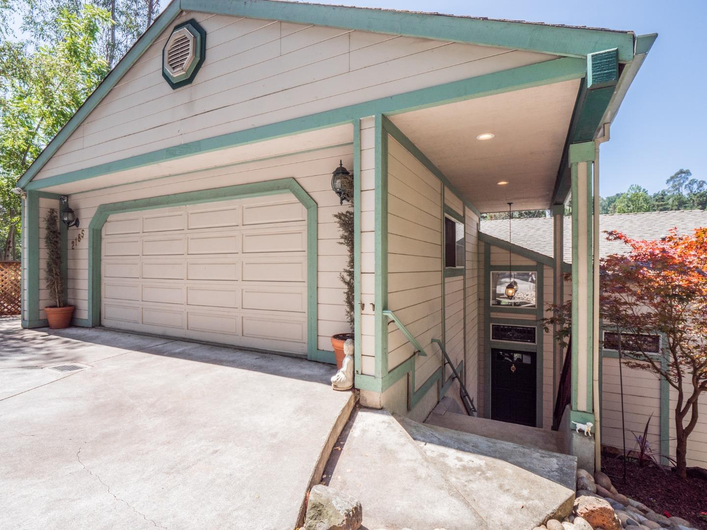 Detail Gallery Image 1 of 88 For 2185 Hames Rd, Aptos,  CA 95003 - 3 Beds | 2/1 Baths